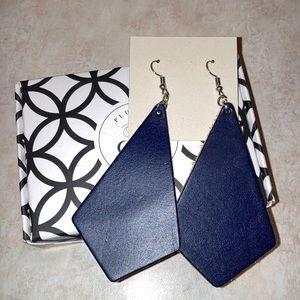 Plunder leather earrings